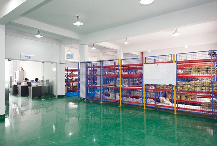 美拜电气公司仓库